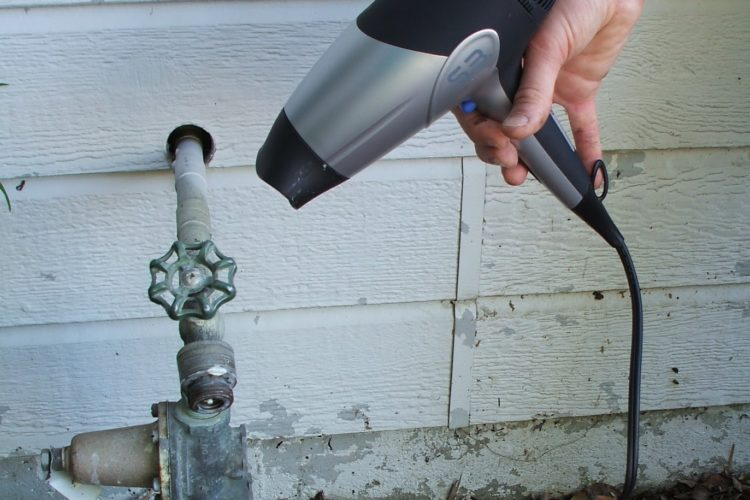 3 Emergency Steps for Frozen Pipes